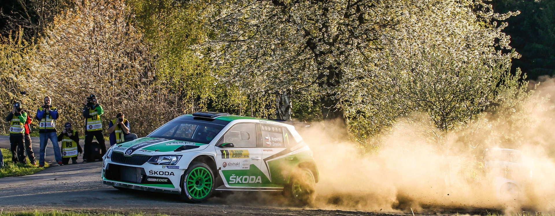 Tým ŠKODA Motorsport zahájil domácí sezonu dvojnásobným vítězstvím