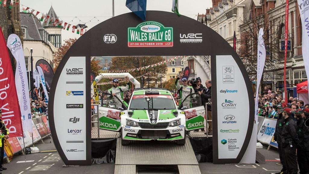 Esapekka Lappi / Janne Ferm, ŠKODA FABIA R5, ŠKODA Motorsport. Dayinsure Wales Rally GB 2016