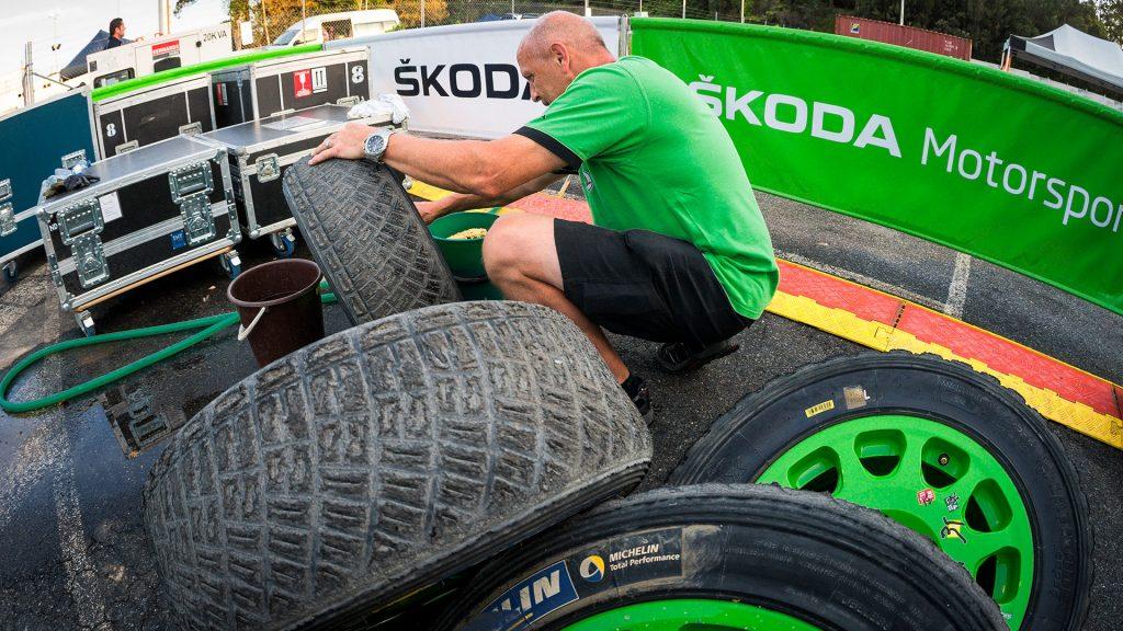 Šotolinové pneumatiky, ŠKODA FABIA R5