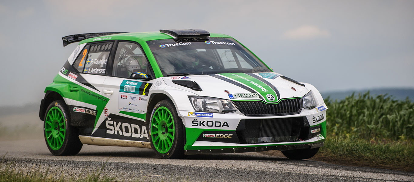PHOTO: ŠKODA FABIA R5 cars at the Rally Hustopeče 2017