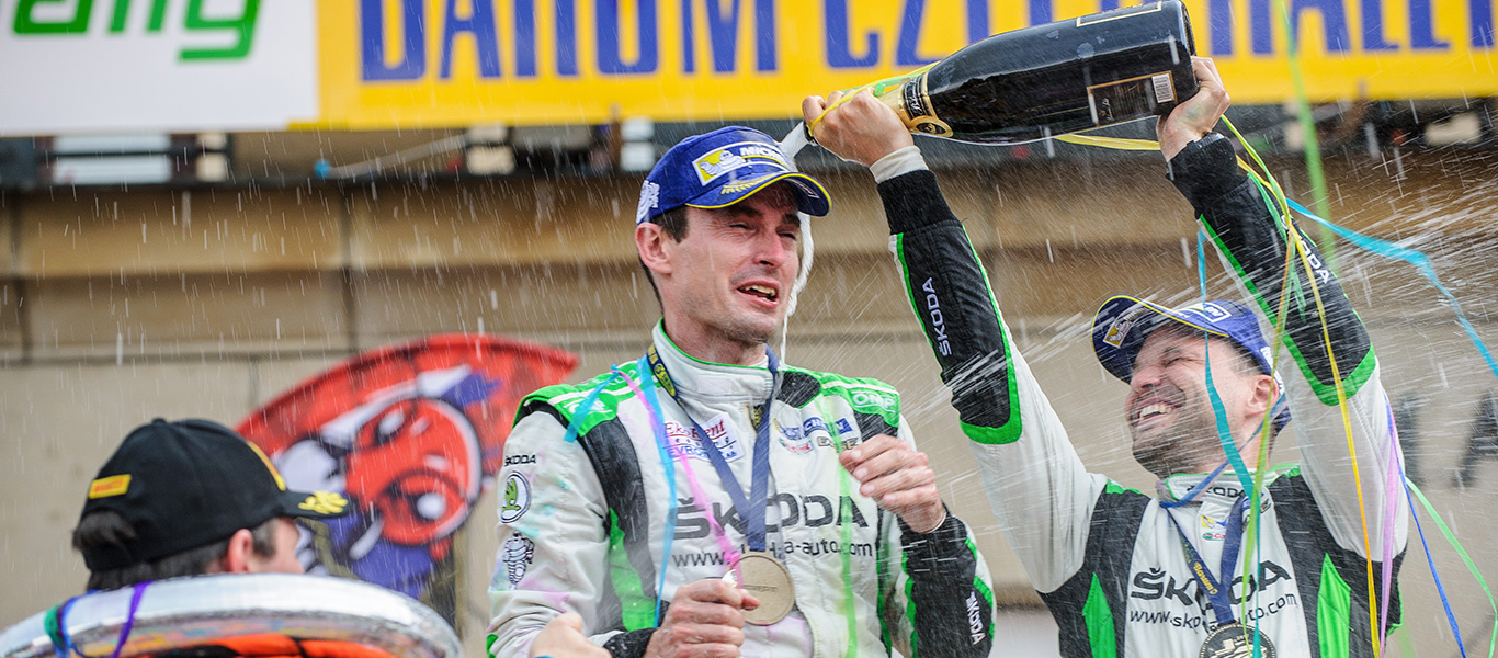 MČR Barum Czech Rally Zlín: Reigning champions Kopecký / Dresler score sixth win in a row for ŠKODA