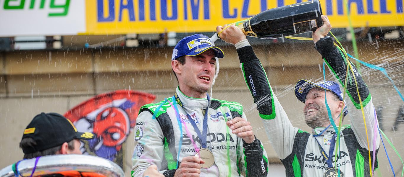 MČR Barum Czech Rally Zlín: Úřadující šampióni Kopecký / Dresler získali šesté vítězství v řadě pro značku ŠKODA