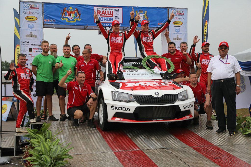 Ole Christian Vieby / Stig Rune Skjærmoen, Gaurav Gill / Stéphane Prévot, ŠKODA FABIA R5, ŠKODA Team MRF. Malaysian Rally 2017
