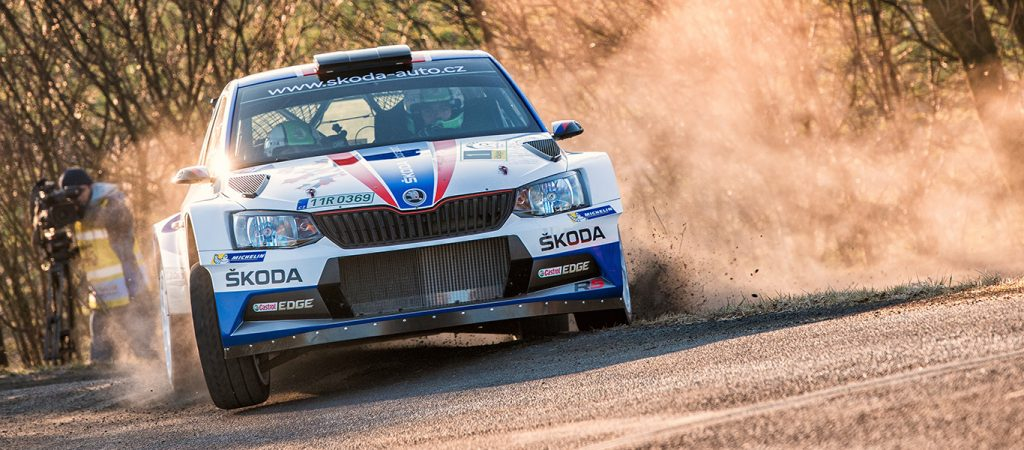 valasska-rally-kopecky-keeps-winning-streak-going-dominant-victory