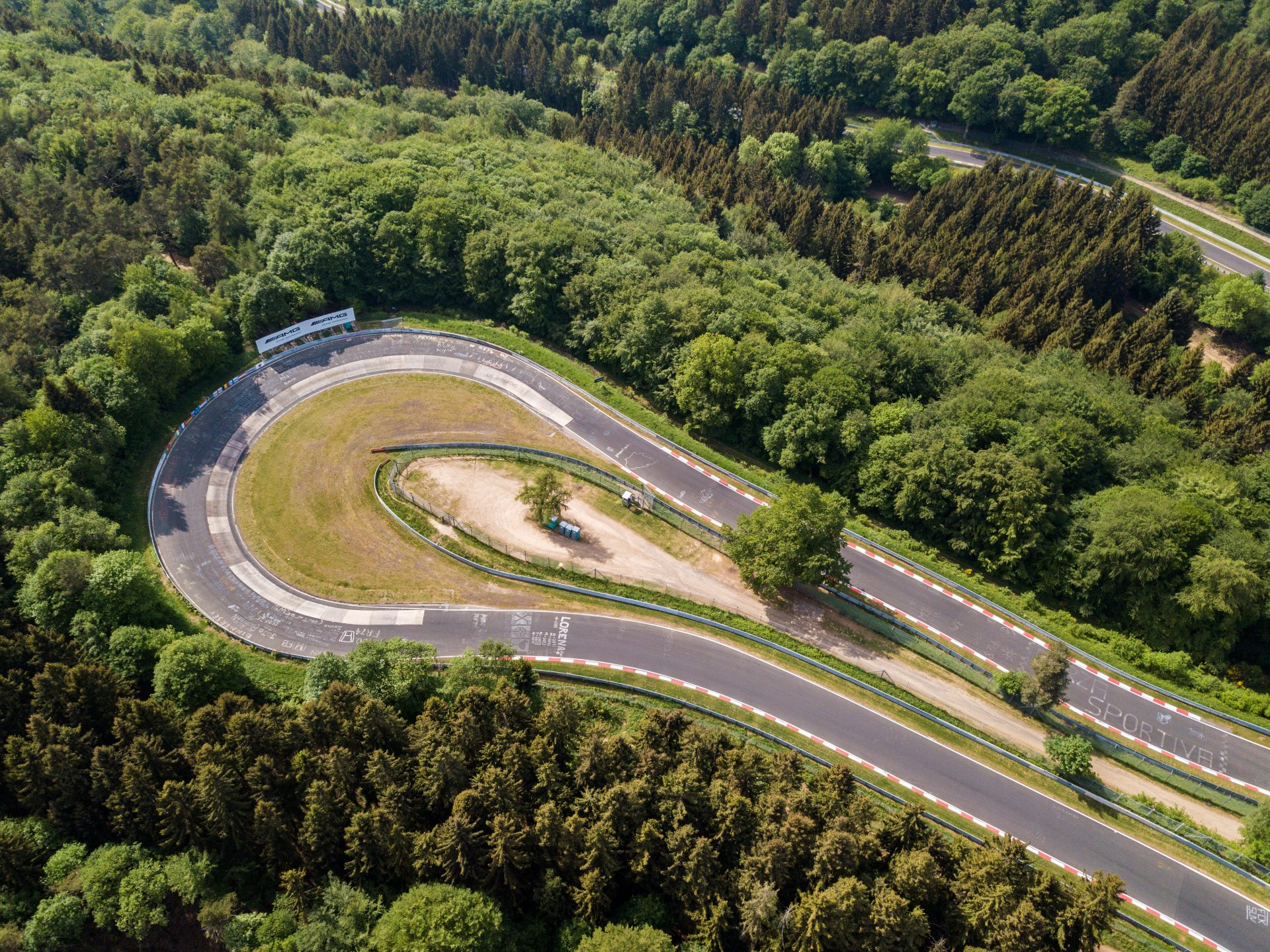 n rburgring nordschleife a place for heroes and records. Black Bedroom Furniture Sets. Home Design Ideas
