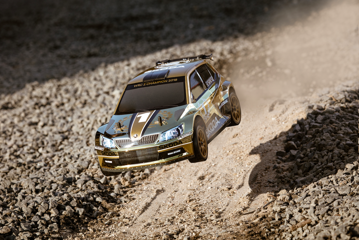 Win an RC Model of FABIA R5 by Taking a Photo of a Real One! Golden Photo Contest