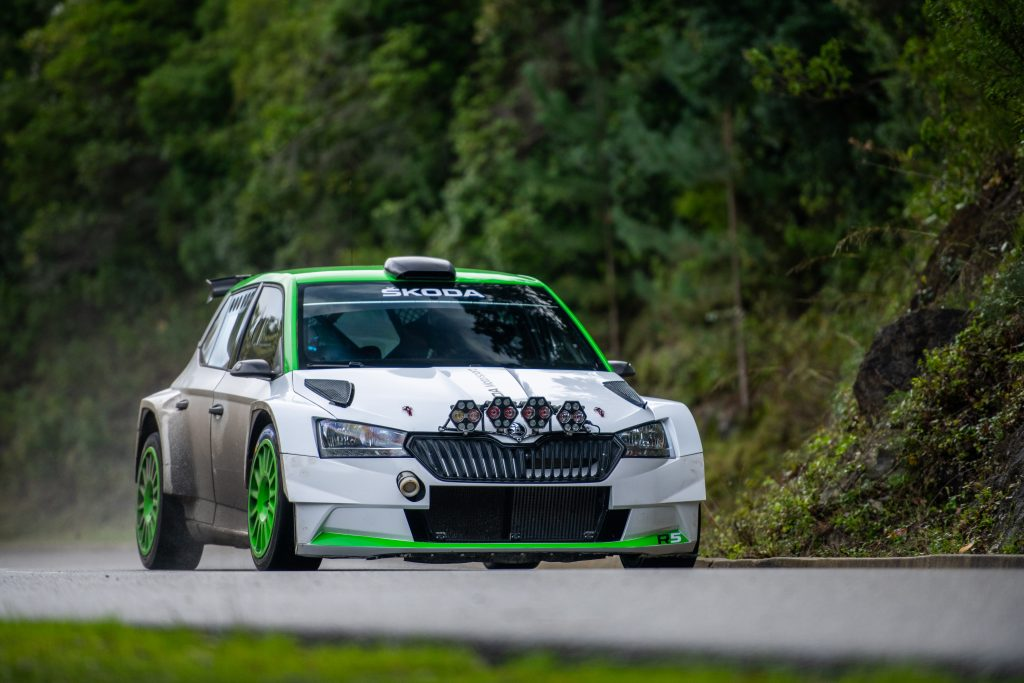 brand-new-skoda-fabia-r5-to-be-unveiled-at-geneva-motor-show